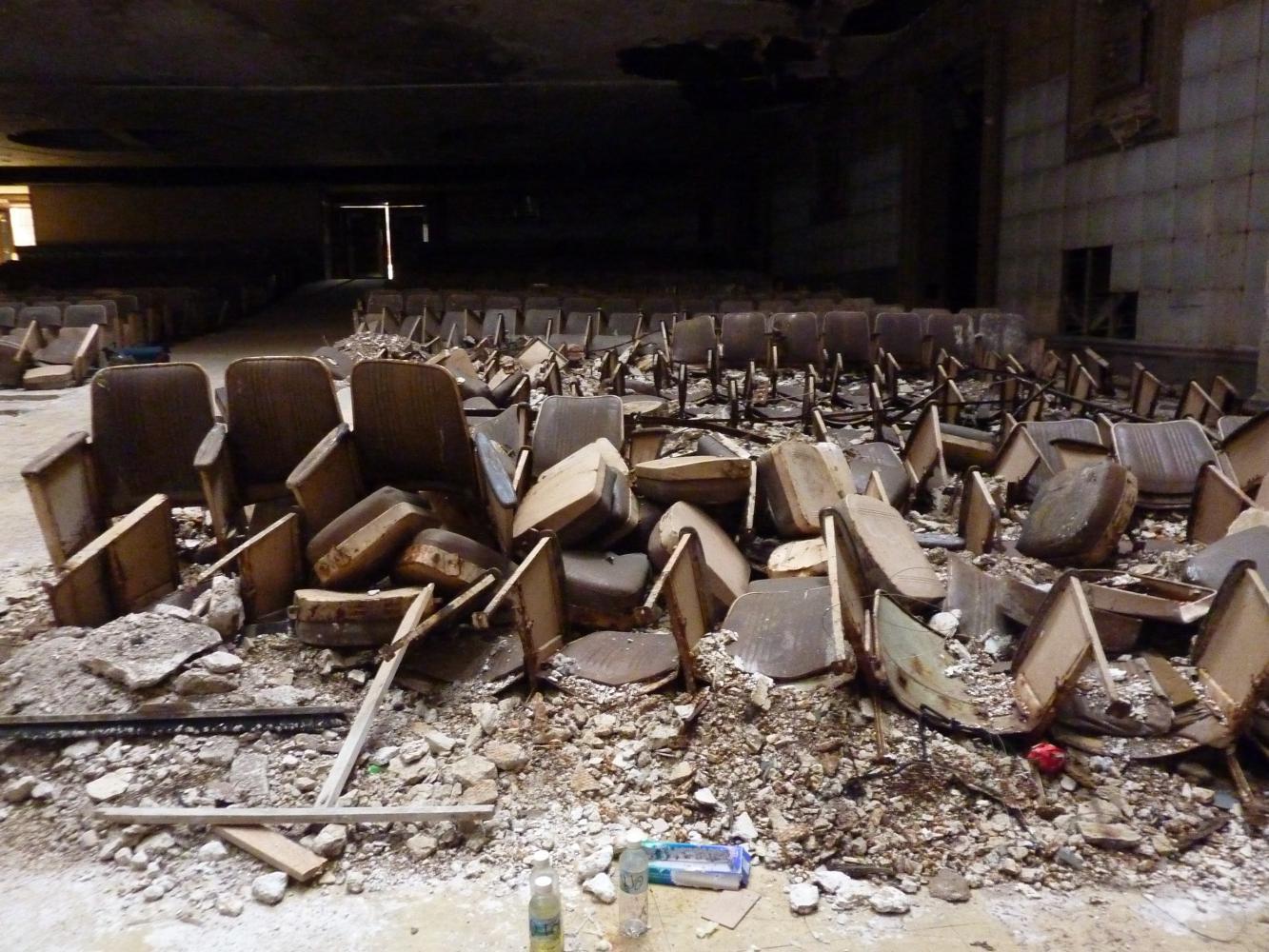 Seats (c) Michael Nyman
